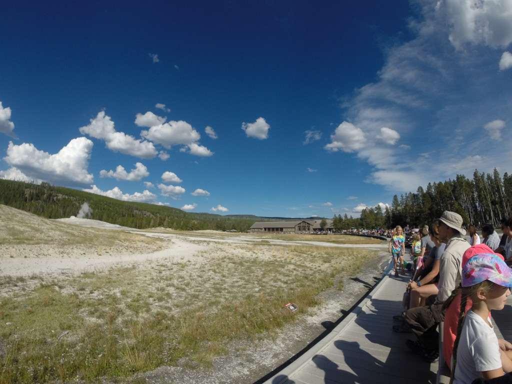 Lots of people waiting for Old Faithful to erupt